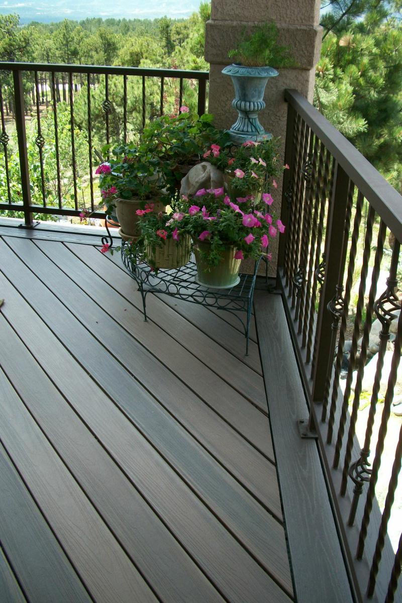 Composite decks colorado springs decks by schmillen for Composite deck railing